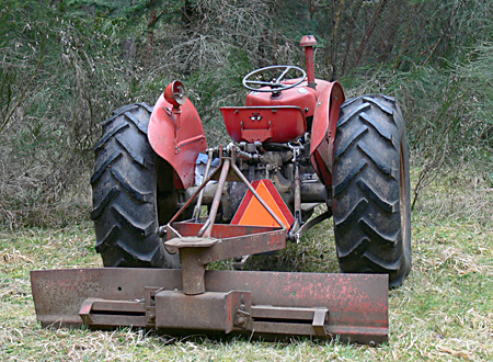 Our Massey Ferguson FE35 tractor Tractor photos and information